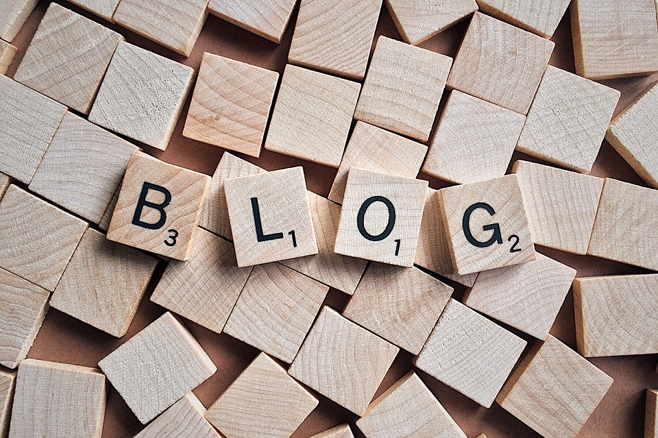Blogademia: Introducing blogging as a professional tool in academia